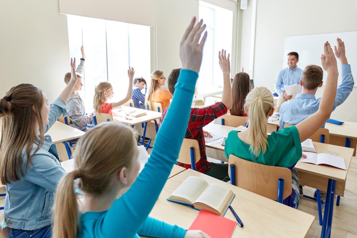 Να κλείνουν τα σχολεία τον καιρό της πανδημίας;