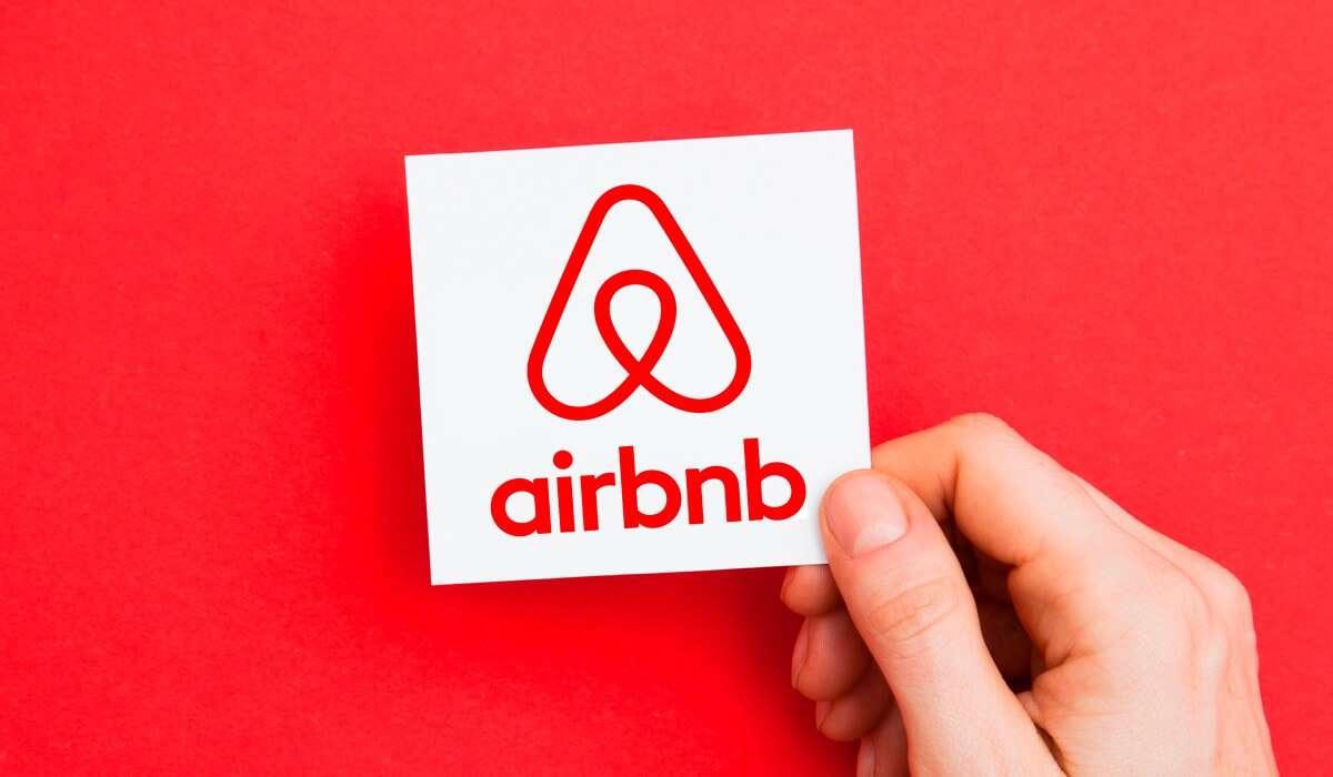 Airbnb: Ακυρώνονται όλες οι κρατήσεις στην Ουάσιγκτον