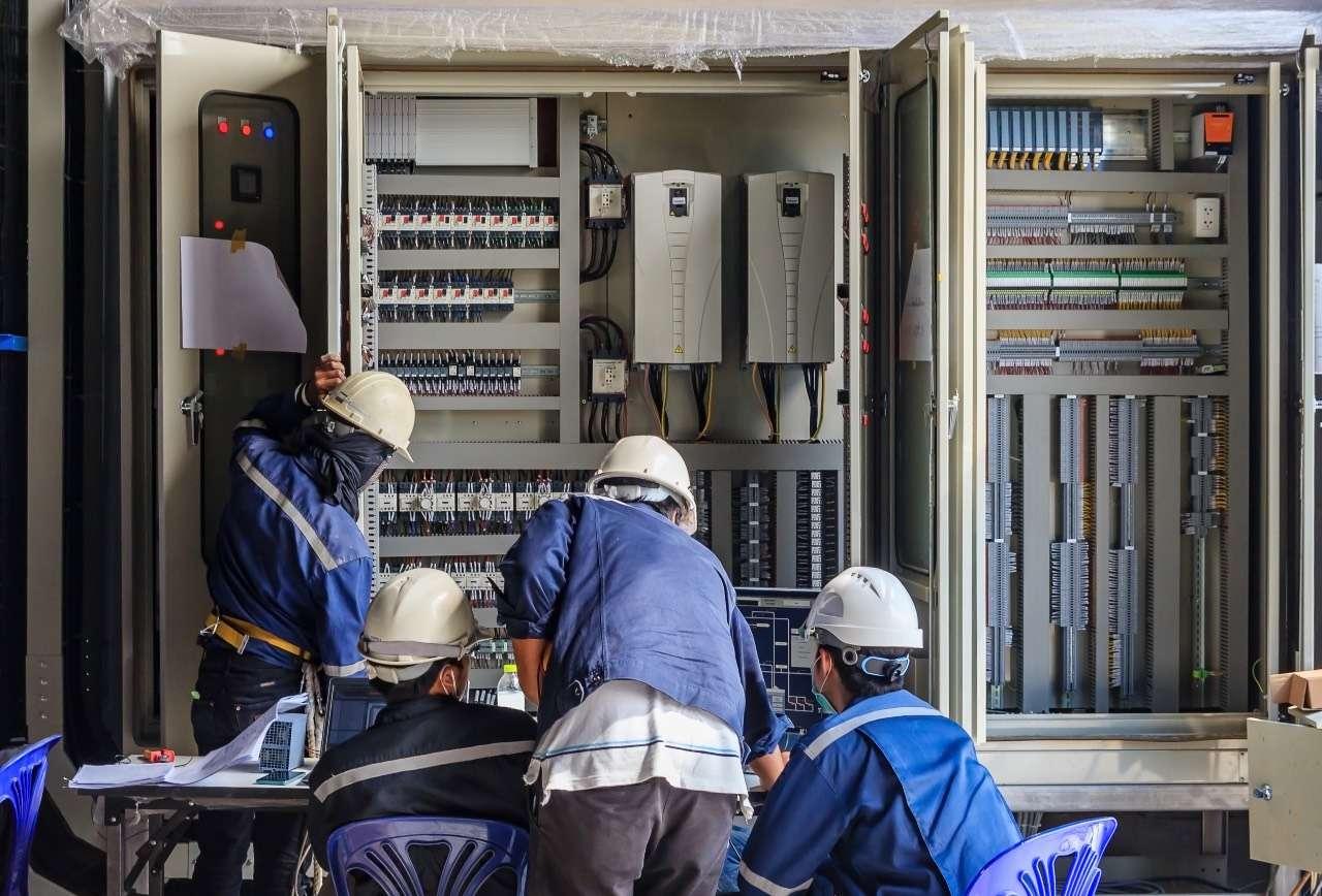 ΔΕΔΔΗΕ: Μετά τις διακοπές ρεύματος και η πώληση του 49%