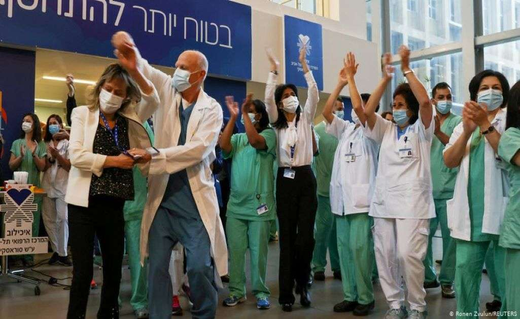 Ισραήλ: Επιστρoφή στην κανονικότητα με 50% εμβολιασμένους πολίτες του