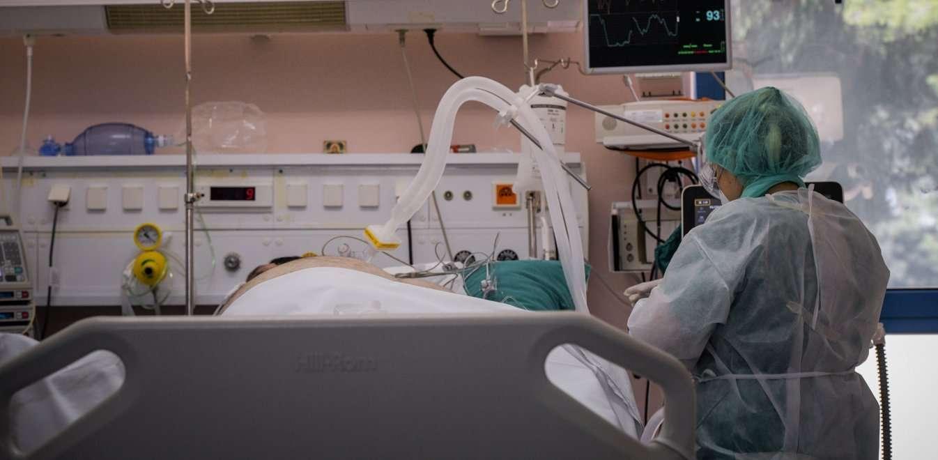 Έκρηξη κρουσμάτων σε ιδιωτικές κλινικές και γηροκομείο