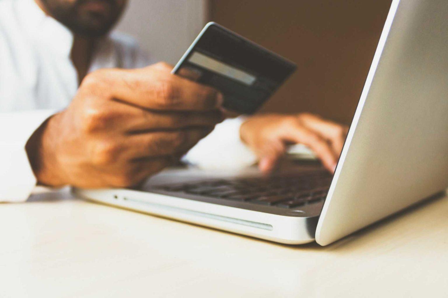 Πώς θα κάνεις online shopping με το μικρότερο δυνατό waste;