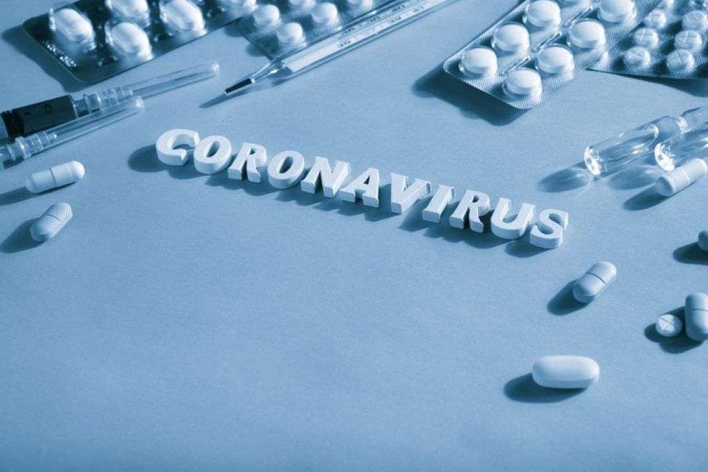 ΕΚΠΑ: Έρευνες για νέο χάπι κατά του κορωνοϊού