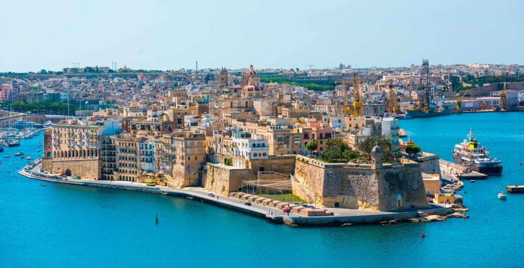 Η Μάλτα «πληρώνει» τους τουρίστες που θα την επισκεφθούν