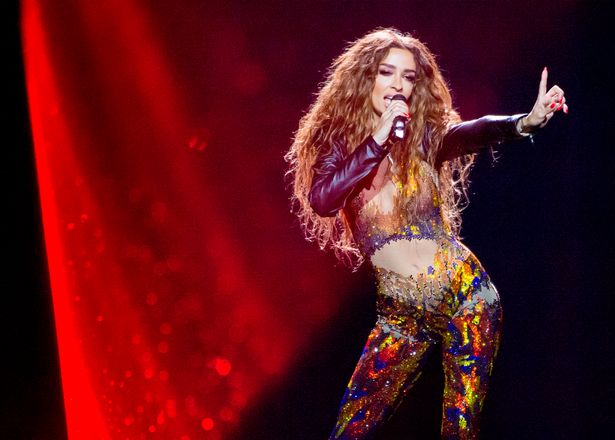 Η Ελένη Φουρέιρα είχε προσπαθήσει αρκετές φορές να πάει στην Eurovision αλλά δεν τα κατάφερε ποτέ, μέχρι που εκπροσώπησε την Κύπρο το 2018, καθώς δεν ήθελε η ΕΡΤ σύμφωνα με όσα δήλωσε ο Γιώργος Αρσενάκος στον Γρηγόρη Αρναούτογλου.