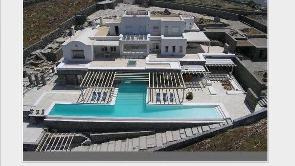 Λάκης Γαβαλάς: Αιγύπτιος αγόρασε για 1,9 εκατομμύρια η βίλα στη Μύκονο