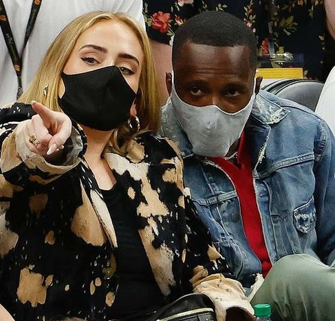 LeBron James: Ο μάνατζeρ του έχει σχέση με την Adele