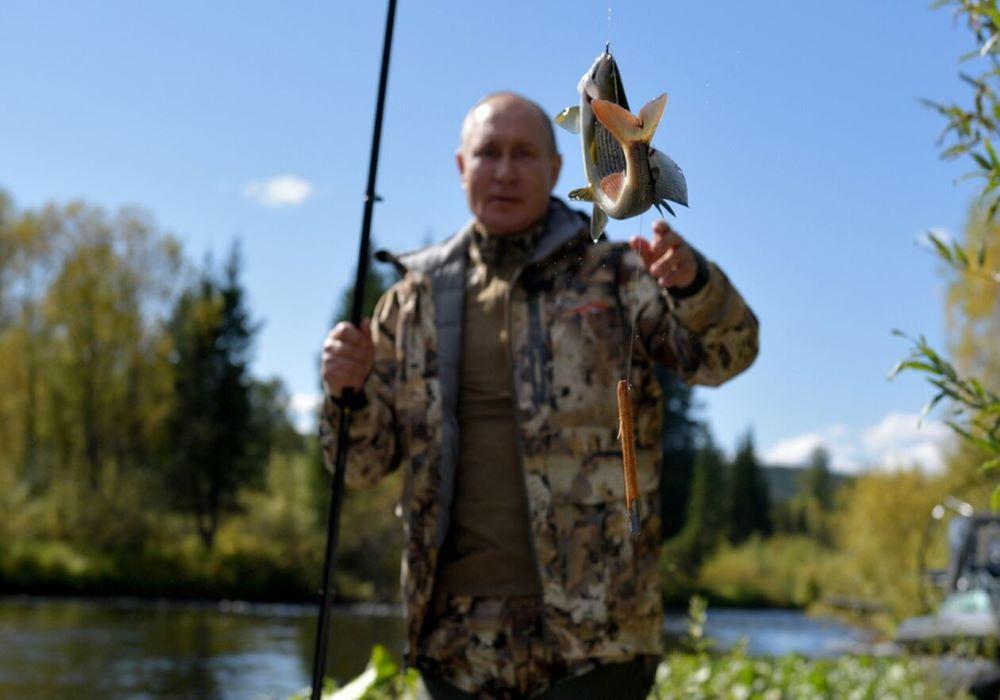 Στη Σιβηρία για ψάρεμα και πεζοπορία ο Πούτιν (Εικόνες)