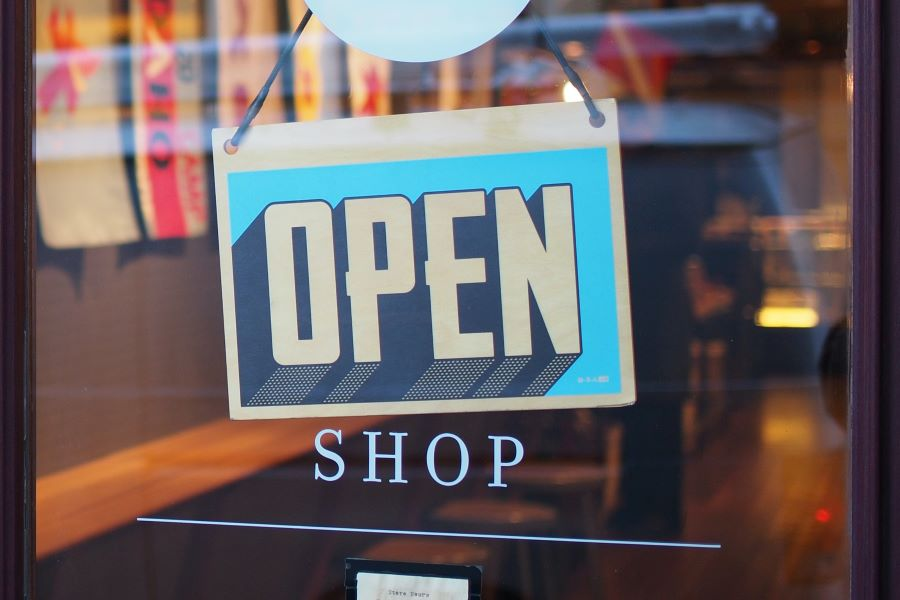 Έως το τέλος του χρόνου οι χρηματοδοτήσεις για μικρομεσαίες επιχειρήσεις