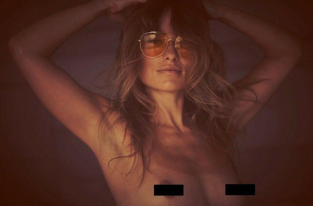 Η Ολίβια Γουάιλντ τόπλες σε διαφημιστική καμπάνια